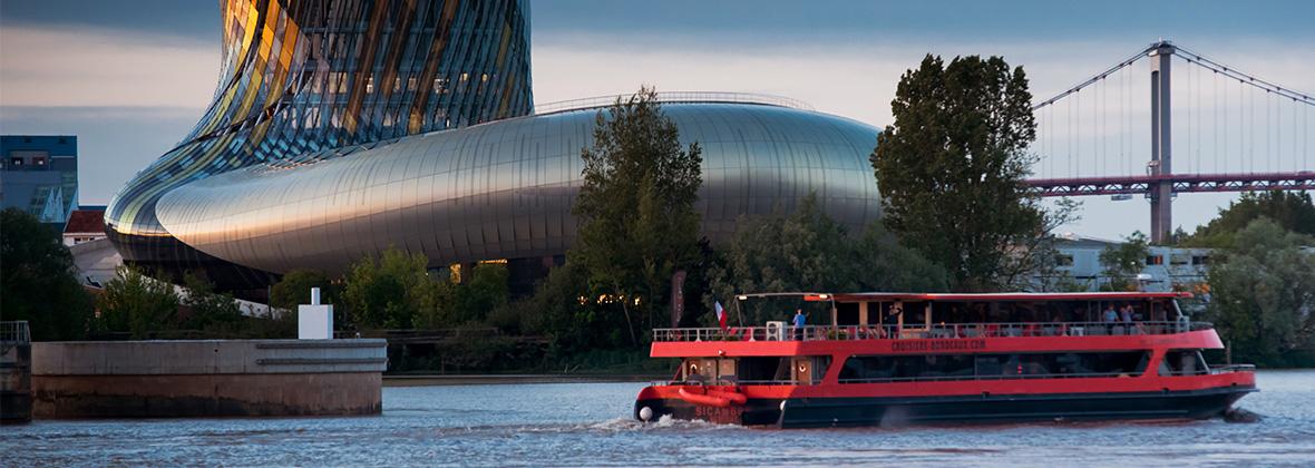 Bordeaux River Cruise et La Cité du Vin