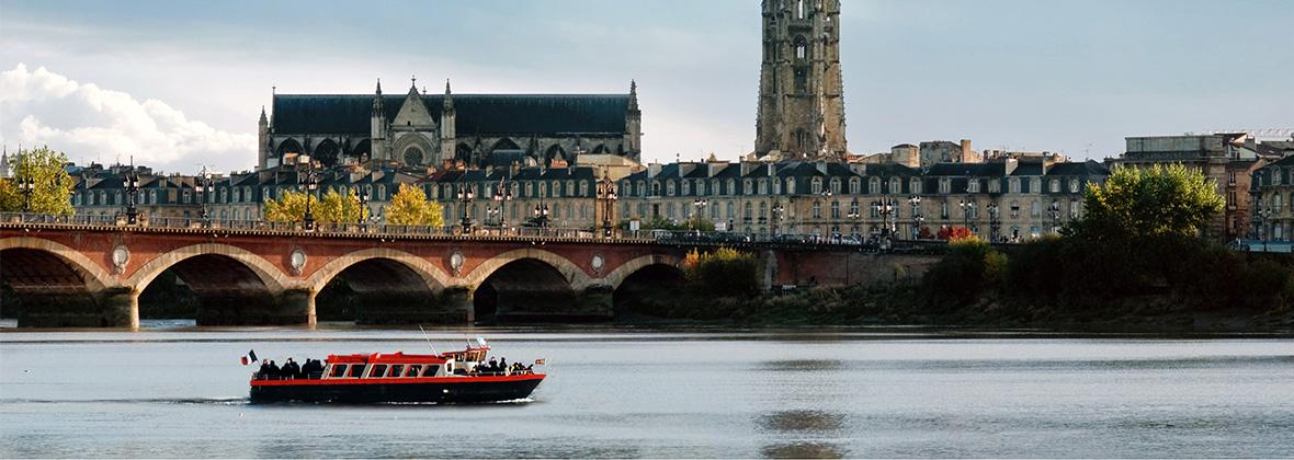 Bateau à Bordeaux