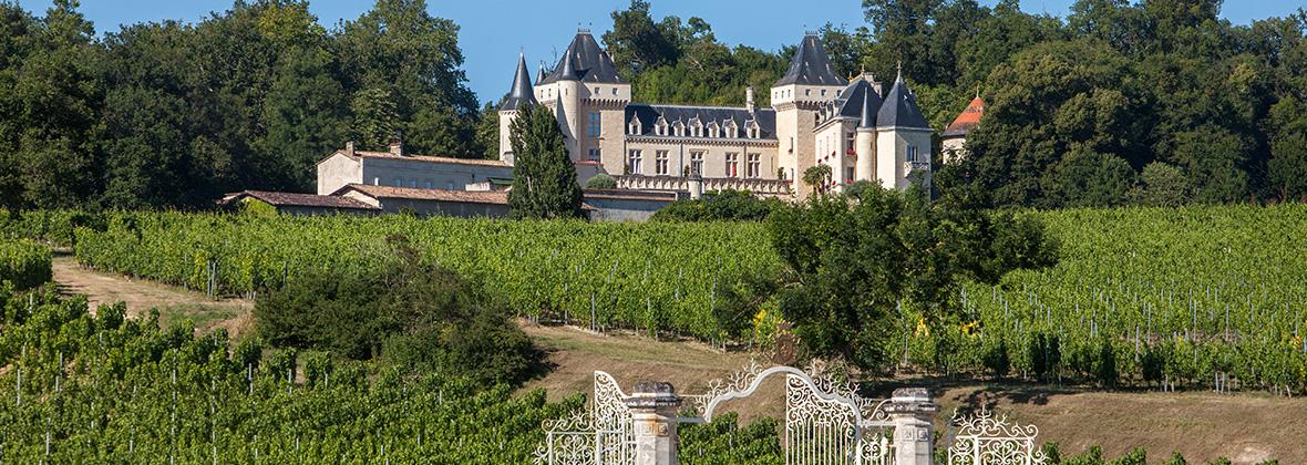 Entrez au Château de La Rivière