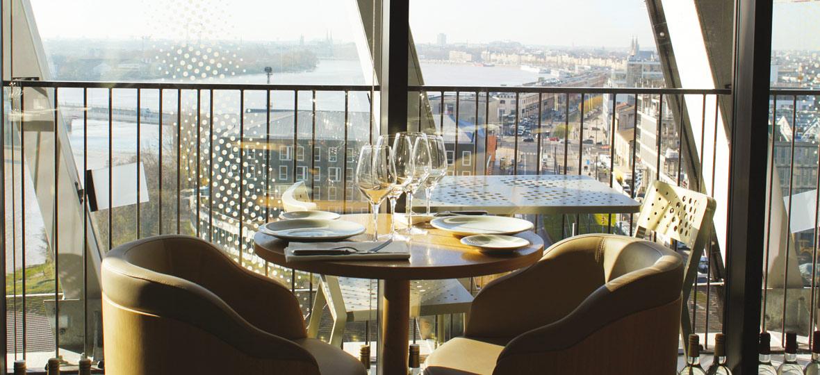 coffret cadeau diner panoramique au restaurant le 7 la cité du vin